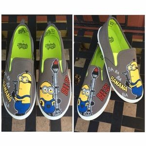 Other - 🎉HP🎉MINION Hand Painted Shoes