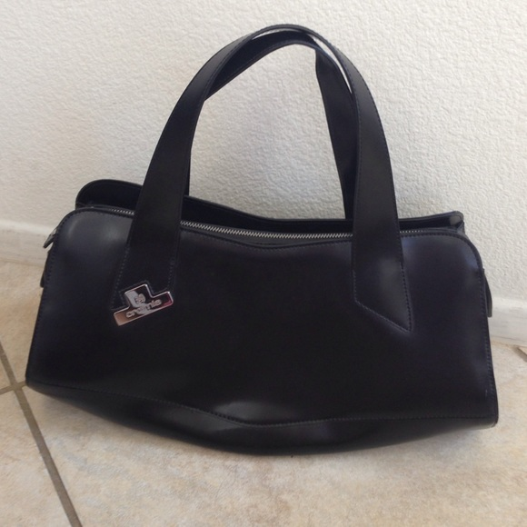 Crosia Handbags : Cromia - Black Structured Cromia Italian Leather Bag. from Seraphinas ...