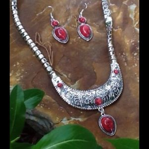 Jewelry - ❤FLASH SALE-️GORGEOUS Red Turquoise & Silver Set