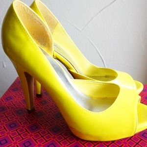 Shoes - Neon Yellow heels