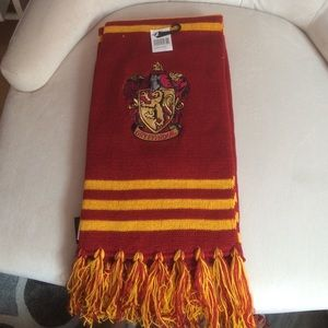 Accessories - Gryffindor scarf