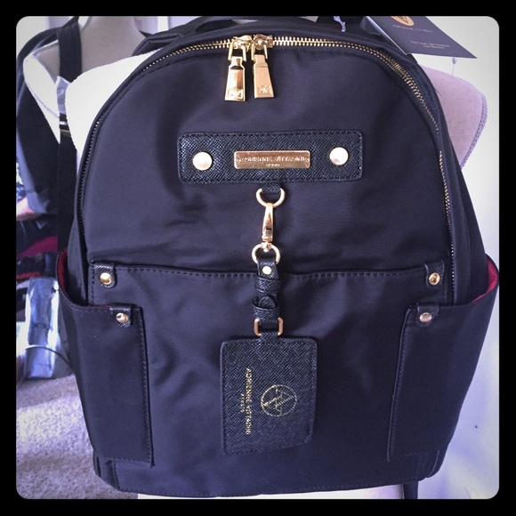 76c2bee8c5d2 🎉7 15🎉NWT Adrienne Vittadini Nylon Backpack
