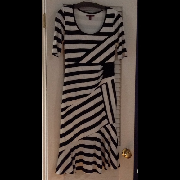 Dresses & Skirts - Black and white striped dress