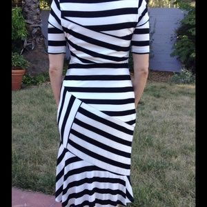 Dresses - Black and white striped dress