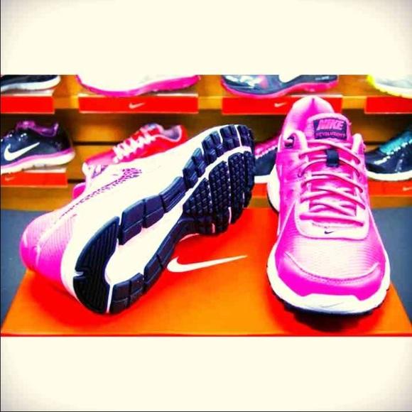 8a930cdedc8 Mens Nike Air Raid Urban Jungle Gym