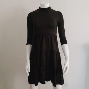 Dresses & Skirts - Black Tiered Lightweight Turtleneck Dress