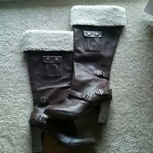 Fergie brown boots