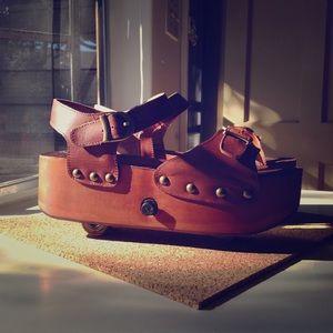 Jeffrey Campbell Rollin' Platform Sandal / Skate
