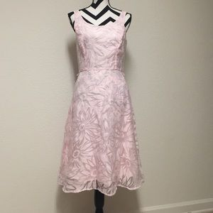 Connected Apparel  Dresses & Skirts - Gorgeous dress