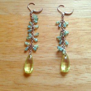 Jewelry - Green drop earrings