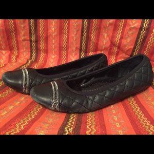 Vaneli Shoes - Black Flats