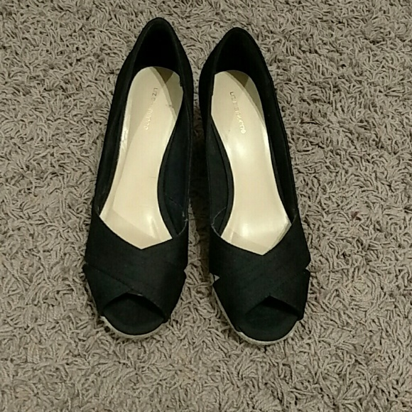 58 liz claiborne shoes liz claiborne wedge sandals