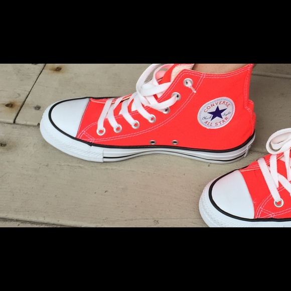 Salevintage eighties neon Converse x high tops size 3 by fuzzymama, $ Find this Pin and more on Fuzzymama Vintage - Etsy by Fuzzymama Vintage | Etsy Vintage Seller of Kids clothing, toys, and books. Vintage Converse boys neon x high tops vintage eighties neon Converse x high tops.