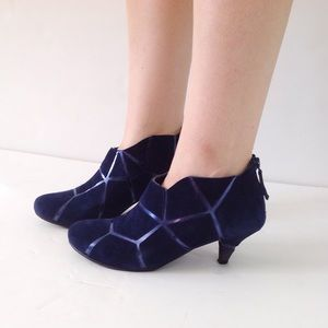 UNITED NUDE Shoes - UNITED NUDE mosaic blue suede booties sz 37 or 7
