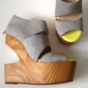 NEW DOLCE VITA grey wood wedge cutout sandals 7