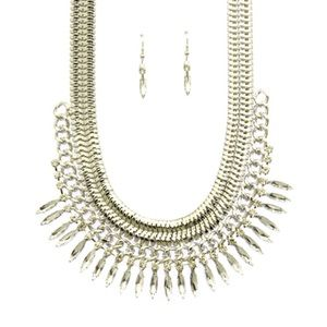 Beautiful silver tone bib necklace with rhinestone