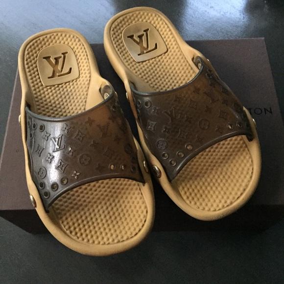 2d4c572b3b19ac Louis Vuitton Shoes - Louis Vuitton spa beach sandals