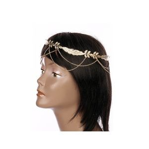 Jewelry - 🍃 Beautiful gold tone leaf headpiece 🍃
