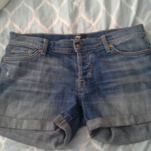 *End of Summer Clearance* 7 for All Mankind shorts