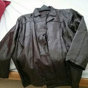 Flight path leather jacket XL from Nita's closet on Poshmark