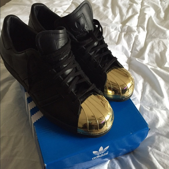 gold shell toe adidas
