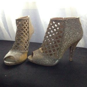 Christian Siriano Shoes - Silver and Gold Open Toes Heels