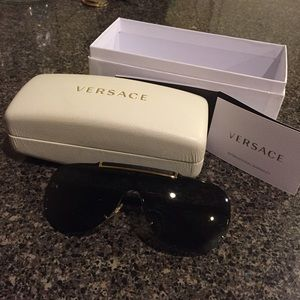 Versace detailed black sunglasses