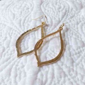 Francesca's gold raindrop earrings