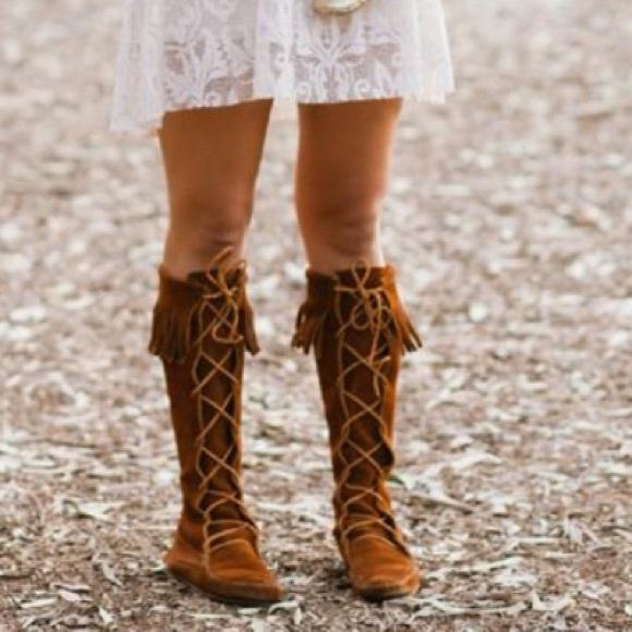 30 minnetonka boots minnetonka front lace knee high
