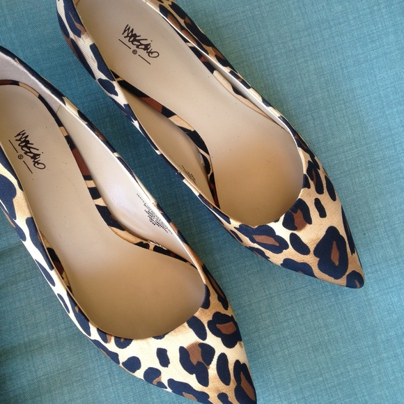 23% off Mossimo Shoes - 2x Host Pick✶ MOSSIMO LEOPARD KITTEN ...