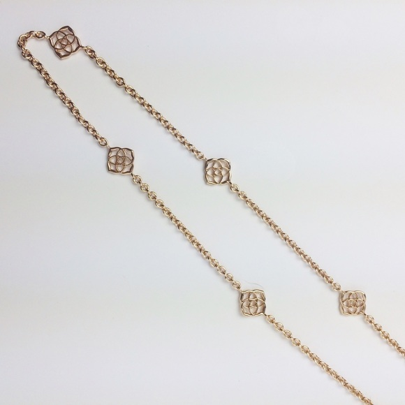 Kendra Scott Jewelry - Kendra Scott Devalyn Long Necklace in Rose Gold