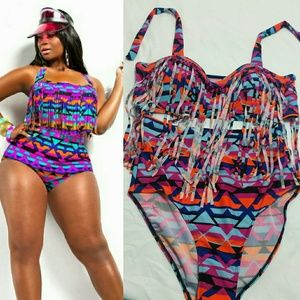 6b0fa37410c Accessories - Mosaic Pattern Plus Size Swimsuit