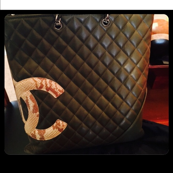 e851a26c4a09 CHANEL Handbags - AUTHENTIC CHANEL OLIVE GREEN WITH SNAKESKIN CC