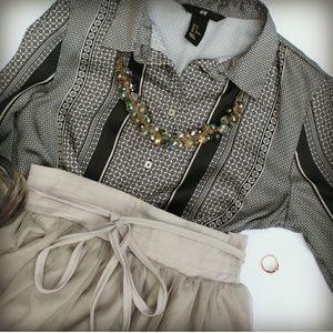 H&M black pattern blouse