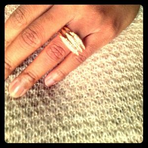 Jewelry - Gold Bar Ring Set