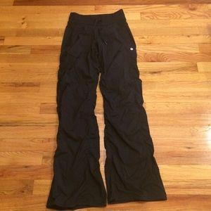 Lululemon pants size 2 regular