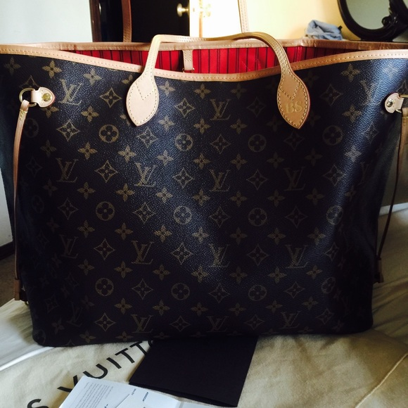 25 off louis vuitton handbags neverfull gm from bin 39 s for Louis vuitton bin bags