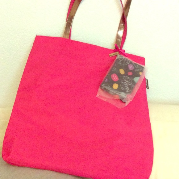 0a64d9ad555d0 Lancôme Oversized Neon pink tote pool beach purse