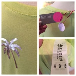 Marisota Tops - Lime green short sleeved top