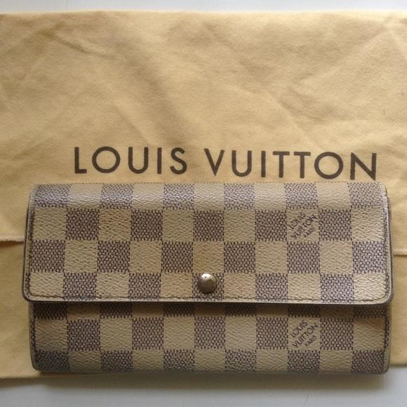 e61eb58a538d Louis Vuitton Clutches   Wallets - Louis Vuitton Sarah wallet DAMIER azur