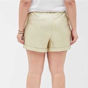 Forever 21 Pants - 😍 Sexy goldish shorts size 3X forever 21 brand