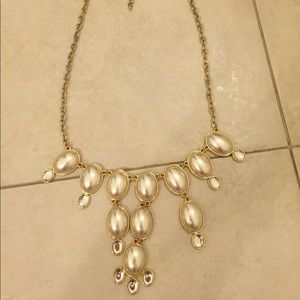 Francesca's Collections Jewelry - Pearl bubble necklace