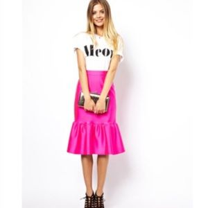 Amp skirts asos scuba ruffle skirt from alli s closet on poshmark