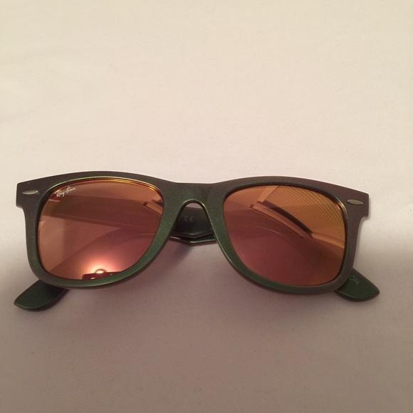 b25ca6cc953 Ray Ban Wayfarer sunglasses RB 2140 Cosmo Venus. M 559e19dd2b995678ff02567a