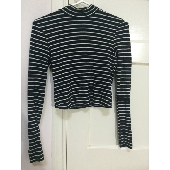 e9c1efd3f2 Topshop Stripe Mock Neck Long Sleeve. M_559e1a77bf441c55ca025710