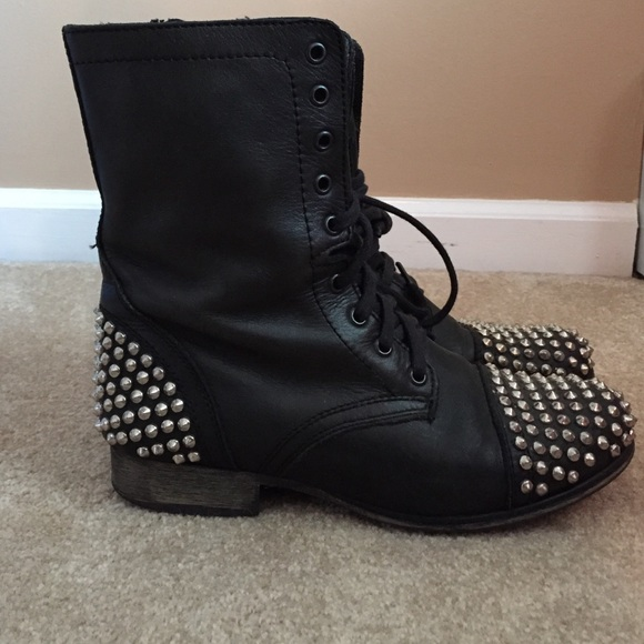 6237c312a22 Steve Madden Tarnney Leather Studded Combat Boots