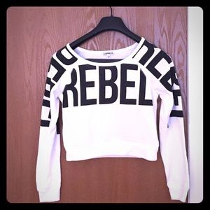 XS Express white and black long sleeve crop top!
