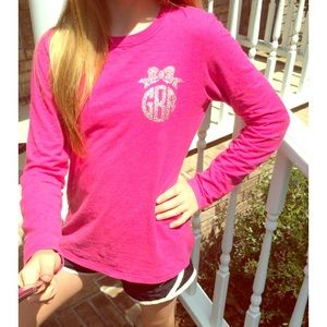 Monogrammed bow w/ t-shirt/tank top