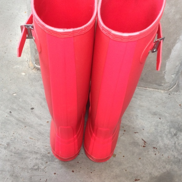 34% off Hunter Boots Shoes - Need to sell tonight!Bright ...