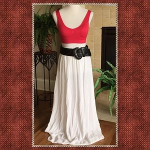 my beloved Dresses & Skirts - WHITE FLOWY SKIRT -SIZE LARGE